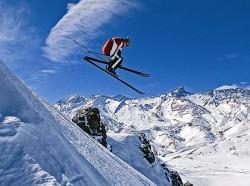 argentinien_springender-skifahrer