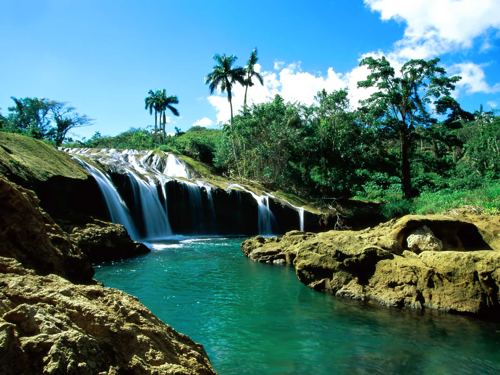 El_Nicho_Falls,_Cuba
