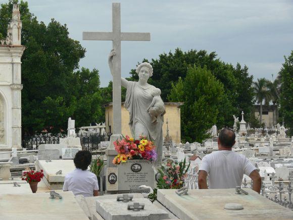 Kolumbusfriedhof1
