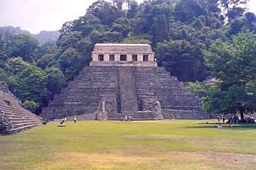 Palenque Maya Pyramide Mexiko