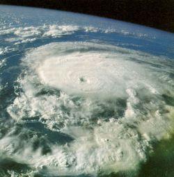 Hurrikan01