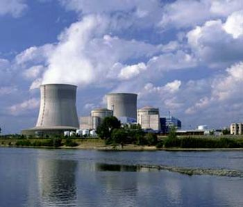 nuclear_power_plant_operating