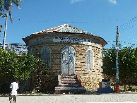 """Haiti: besuch des """"palais de la belle-rivière"""""""