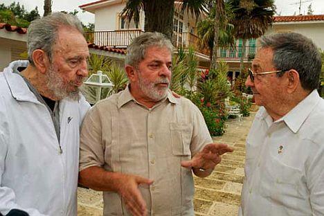 tres-lideres-el-comandante-en-jefe-felicito-al-presidente-brasileno