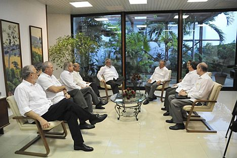 raul-working-meeting-with-lula
