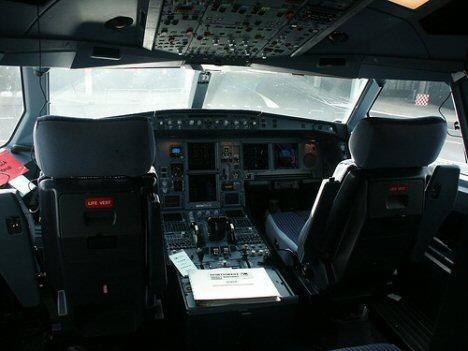 cockpit-a330