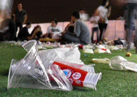 Müllberge auf dem Festivalgelände
