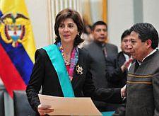 María Ángela Holguín Cuéllar