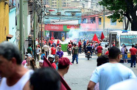 chavista-mob (1)