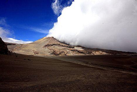 Nevado-del-Ruiz11