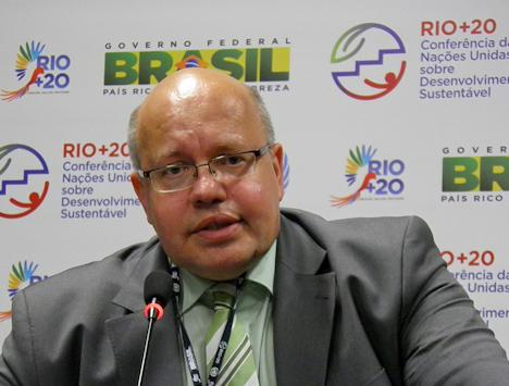 Umweltminister Peter Altmaier (Foto: Dietmar Lang / IAPF)