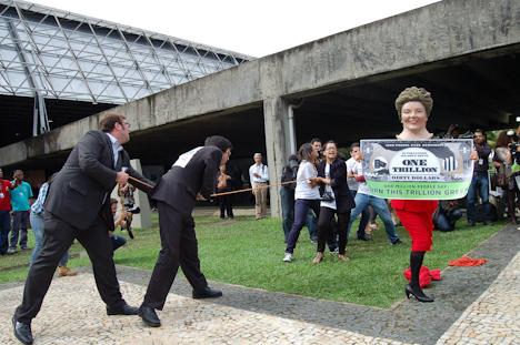 Avaaz-Aktion Rio+20 (Foto: Luiz Ferreira / IAPF)