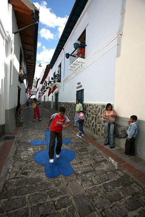 La Ronda in Quito_Quito Turismo