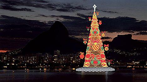 Größter Tannenbaum Deutschlands.Brasilien Größter Schwimmender Weihnachtsbaum Der Welt In Rio De