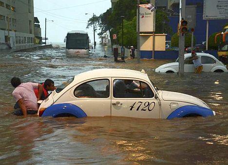Tropensturm Manuel