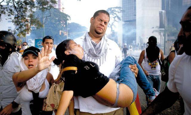 gas-venezuela-proteste