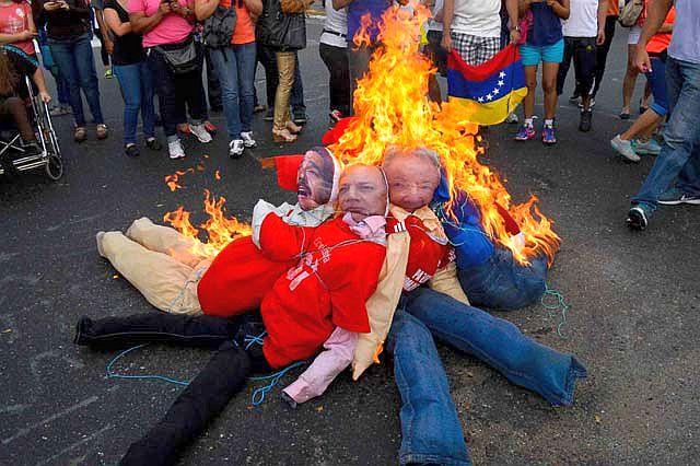 judas-maduro-cabello-castro-verbrennen