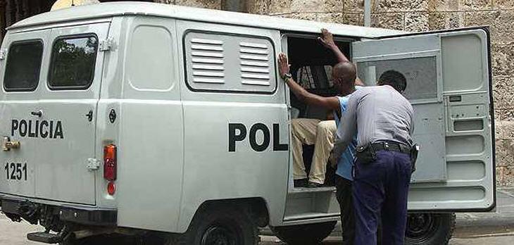 policia-cuba
