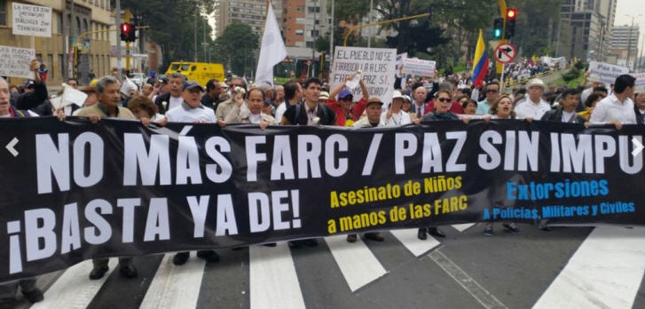 proteste-farc-kolumbien