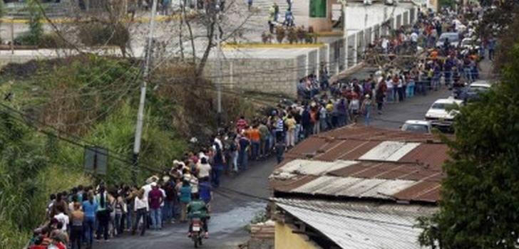 warteschlangen-venezuela