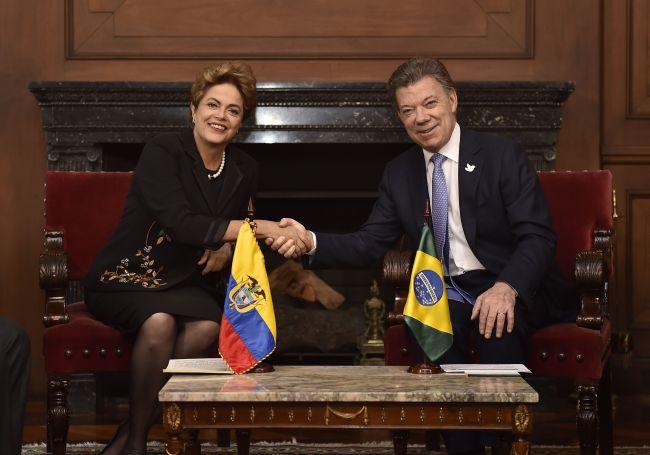 santos-brasilien-kolumbien-lateinamerika-bogota-brasilia