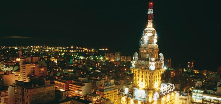 Fremdenverkehr bildet eine wichtige Einnahmequelle für Uruguay