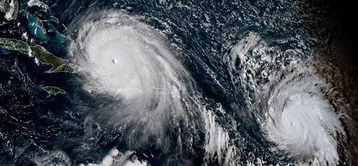 zweigewaltige-hurrikane
